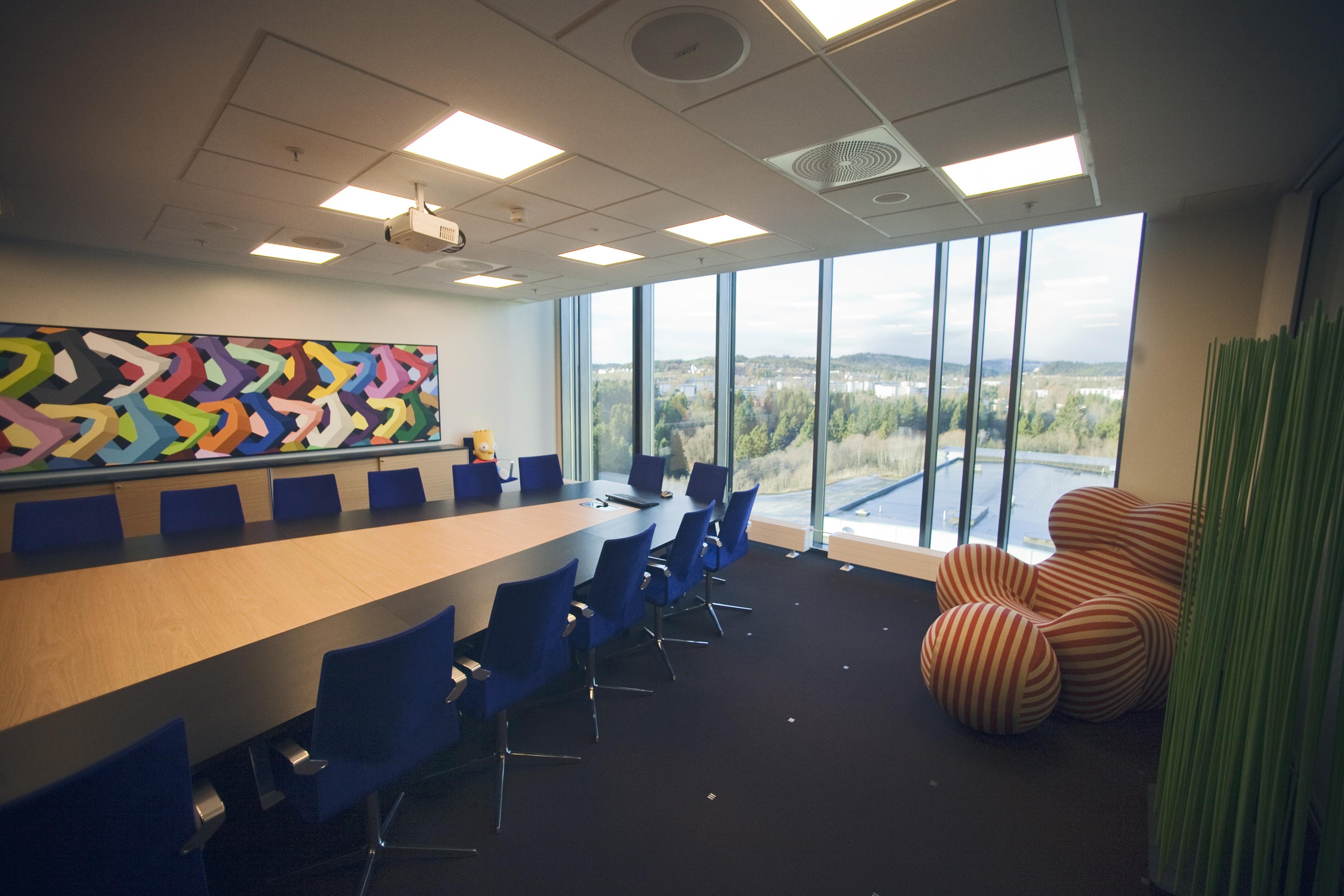 arkitektur_trondheim_3t_rosten_interior_sittegruppe_møterom_designstol_big_mama_bebitalia