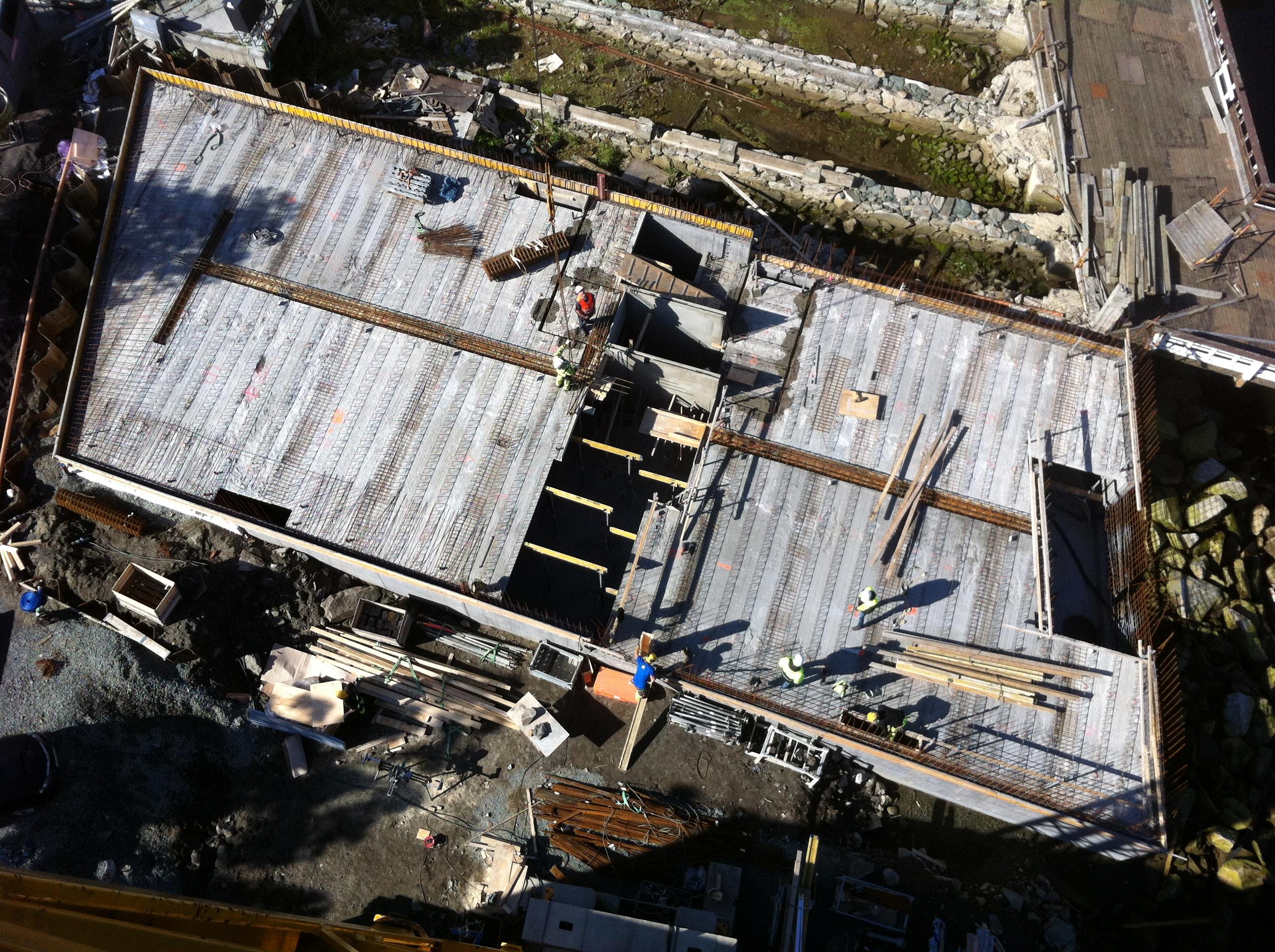 arkitektur_trondheim_fjordgata_78_gjenoppbygging_byggeprosess_byggeplass_leiligheter_naeringslokaler_fugleperspektiv