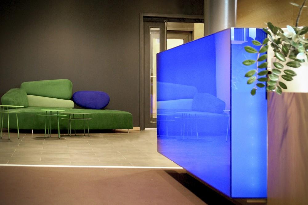 arkitektur_trondheim_3t_rosten_interior_skranke_informasjon_sofa